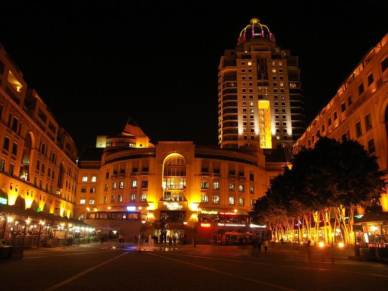 Nelson Mandela Square de noite