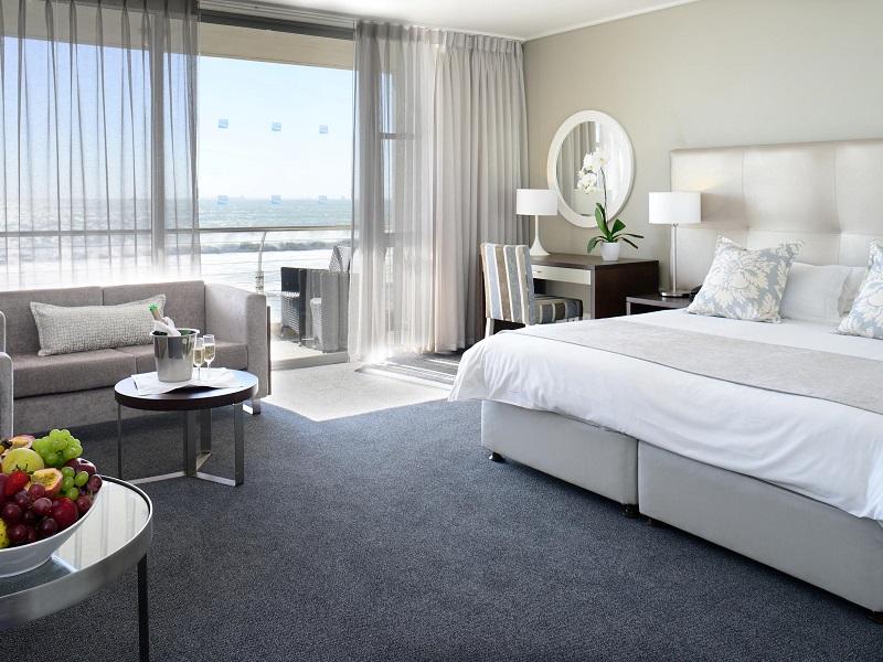 Quarto do Lagoon Beach Hotel & Spa na Cidade do Cabo
