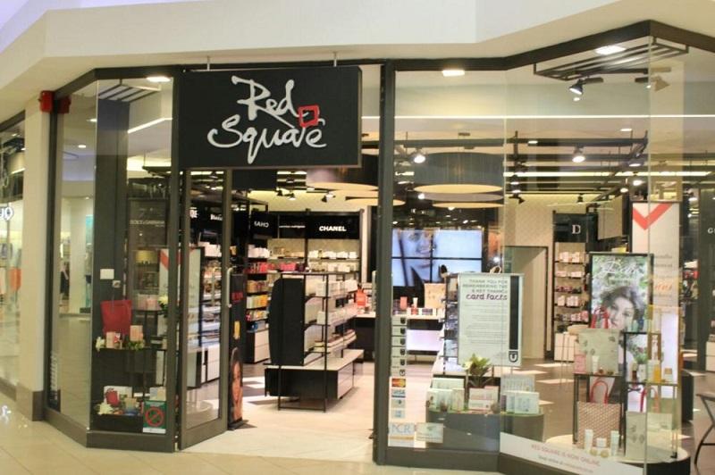 Comprar maquiagens no The Mall of Rosebank em Joanesburgo