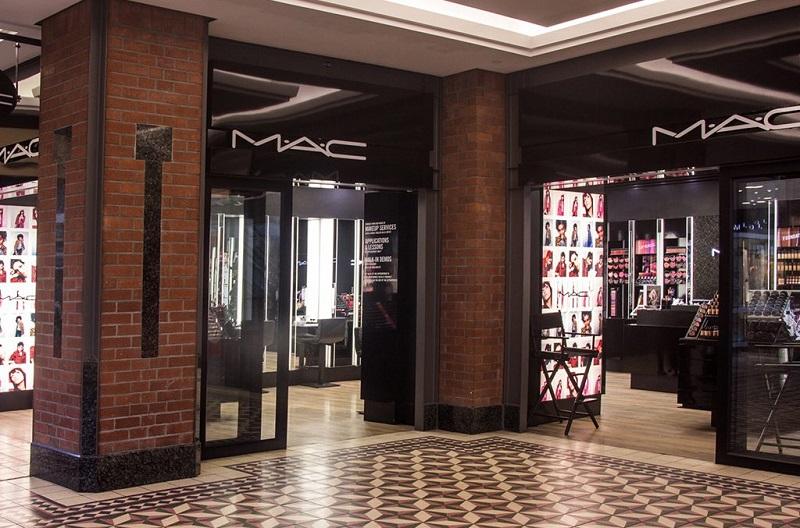 Comprar maquiagens no shopping Victoria Wharf Mall na Cidade do Cabo