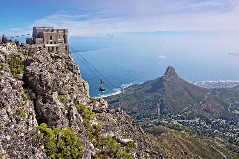 Andar de bondinho em Table Mountain com crianças na Cidade do Cabo