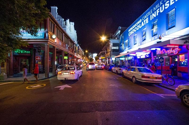 O que fazer à noite na Cidade do Cabo: Long Street