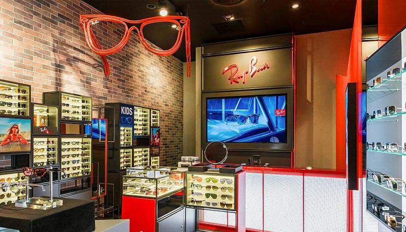 Comprar óculos escuros no shopping Canal Walk na Cidade do Cabo
