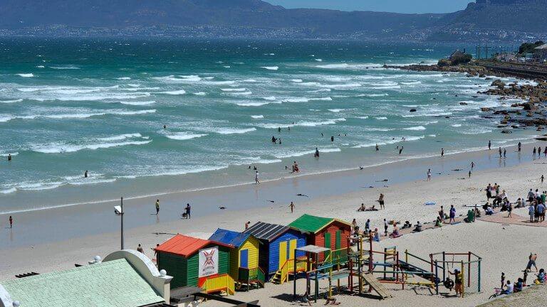 Estrutura da Muizenberg Beach na Cidade do Cabo