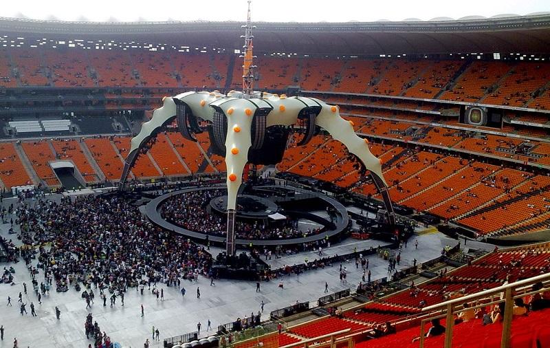 Show do U2 no Soccer City em Joanesburgo